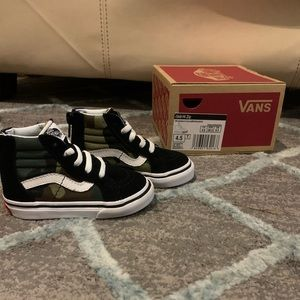 Toddler Classic High-Top Vans